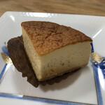 ソワメーム - ゴルゴンゾーラチーズケーキ(540円)