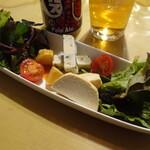 アトリエ・ド・フロマージュ - 自家製チーズ3種盛り¥700