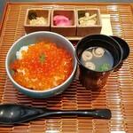 144189506 - 北海道産いくら丼(5000円)