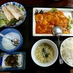台湾料理 夏 - ランチ      えびチリ