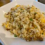 Benitoragyouzabou - ご飯はハーフサイズの五目炒飯です。   お腹一杯御馳走様でした。