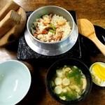 瀬戸美 - 「釜飯+刺身」 定食 \2,100