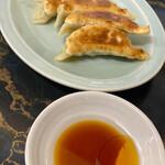 中華料理 華山 - ぎょうざ