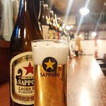 酒菜やおたふく - 中瓶ビール(赤星) ¥630