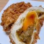 144219765 - カレーパンの中には半熟卵!
