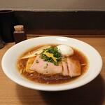 麺屋福丸 - 特選鴨だし醤油ラーメン、1,000円。