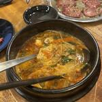 焼肉キングコング - ユッケジャンスープ