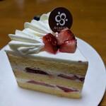 アカシエ - 料理写真:ショートケーキ・オ・フレーズ