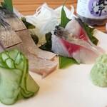 144245762 - お嬢サバ・トロさば食べ比べ ¥1680