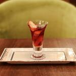 ラウンジ シーウインド -  ストロベリーゼリー@飲めるほどふるふるのジュレ