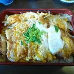 和風料理おかめ - かち:かつやのとかよりおいしい。味噌汁もうまい!
