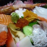 みやま - 海鮮丼:うにやいくらはいらないのでは?