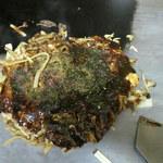 みうら - お好み焼き(ジャンボ)650円 たまご2個、するめ、うどん1玉
