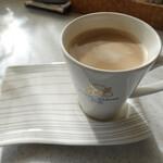 銀座に志かわ - 朝のカフェ・オ・レで・・