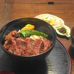 舎人庵・とんぼ - 石窯焼ステーキ