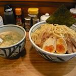 きょうすけ - 鶏白湯魚介醤油つけ麺(特大)