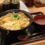 本家あべや - 比内地鶏親子丼定食・大盛(1300円)