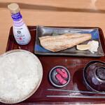 湯快爽快 湯けむり横丁 - 料理写真:ほっけ焼き定食