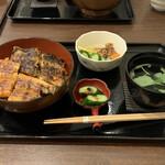 みしまや - 特上丼   2700円(税込)