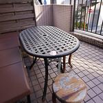 東京ロビン - 人気のテラス席