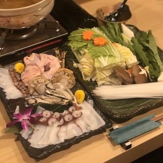 様々なタコを使った鍋料理◎ひとり鍋でもOK!