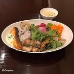 ボン・クラージュ - 本日のフレンチ丼