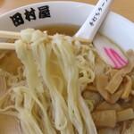 田村屋 - スープが絡む・・。