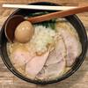 麺屋時茂 - 料理写真:鶏白湯らーめん900円+麺大盛100円