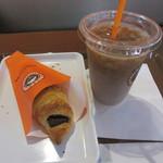 サンマルクカフェ - チョコクロ、アイスカフェラテ