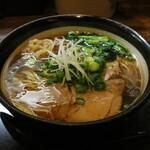 麺乃家 - 麺乃家らーめん元味(750円、斜め上から)