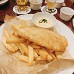 SWANLAKE Pub Edo - 白身魚のフィッシュ&チップス