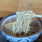 そば処 大和 - 海老天ぷらそばの麺