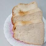 ラトリエコッコ - 食パン