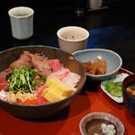 歓の季 - 海鮮丼