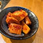 お好み焼き 仁 - 山芋キムチ