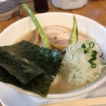 ろく月 - 料理写真:特製豚白湯