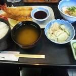 新日本料理 美正 - エビフライ定食