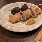 釜めし菜時記 菜つ屋 - 定番釜飯ランチ(串焼き2本)
