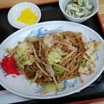 中華飯店 ごくう - 本日のサービス品焼そば定食ご飯大盛り