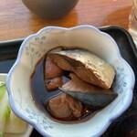 魚真 - 鰤の角煮