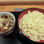 たぐち家 - 肉汁うどん・大盛(600円)_2012-08-21