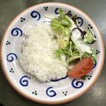 Fujiya - ご飯とサラダ
