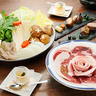 本格「ぼたん鍋」で猪肉本来の美味しさをお楽しみいただけます