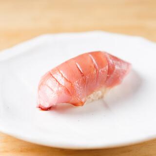 本格江戸前寿司を一貫100円~◎直送で届く厳選のネタをご提供
