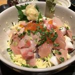 魚真 - ぷりぷりの海鮮