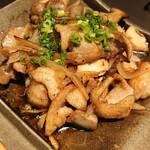 144437888 - 奥久慈しゃもとつくば鶏の特製三種炒め