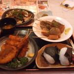 14445332 - B定食(おでん、おにぎり)、串揚げ単品、富士宮風焼きそば、おでん単品