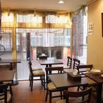 三徳堂 - 2階が喫茶になっています。