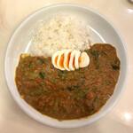 カレーハウス チリチリ - 料理写真:・ミックスマサラ 1,300円/税込 ・ゆで玉子 150円/税込