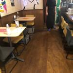 缶詰bar チャボ - 店内①